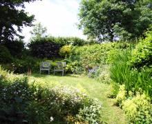 lov-barn-garden-2